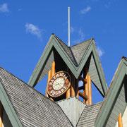 Türmchen in Jasper Town, man beachte den blauen Himmel