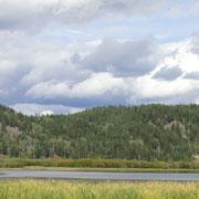 Blick auf den Canim Lake von unserem Trailer