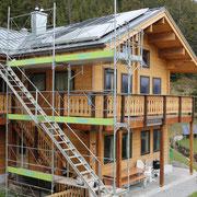Das Haus, auf dem die Solarthermieanlage montiert wurde von bern.solar in Mürren