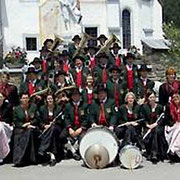 2004: Jubiläumsfoto der TK Sirnitz zum 50. Bestandsjubiläum