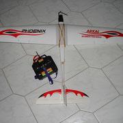 Am ferngesteuerten Flugmodell lassen sich die Ruderfunktionen erkunden