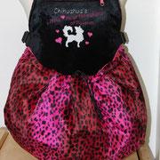 17 Wintertasche außen Leomuster Fellimitat pink/ innen Fellimitat sw. Bestickt mit Züchtername und Bild (Aufpreis)