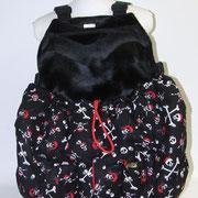 16 Wintertasche außen Baumwolle Totenköpfe rot/ innen Fellimitat sw mit EXTRA Tasche außen (Aufpreis)