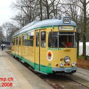 GT6 Nr. 47 an der Endstation am S-Bahnhof Friedrichshagen.