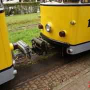 Der Zug wird am anderen Ende wieder angekoppelt.