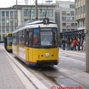 Die von Stuttgart übernommen. Kurzgelenktriebwagen GT4 (Typ Esslingen) sind heute nicht mehr im Betrieb, Nr. 2 am  Ulmer Hauptbahnhof.