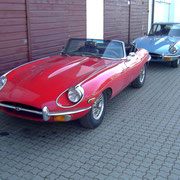 Jaguar E SII Cabrio und Coupe