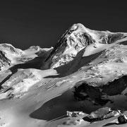 Liskamm, Walliser Alpen. Diverse Grössen und Rahmungen. Preise auf Anfrage.