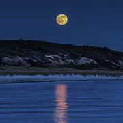 Moonrise walking, Anholt, Kattegat. Max. Foto-Format 40 x 28 cm. Preise: Ab 220 CHF.