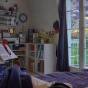 Mein Zimmer, du musst aus dem Fenster schauen!