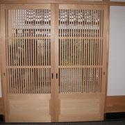 g-3 腰付き竪繁ガラス戸