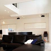 リノベーション A邸 吹き抜けを大きく 天井に高低差をつくる