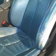 Autoledersitz vor Aufbereitung