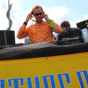 Woody van Eyden @ Loveparade 2010