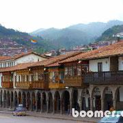 rund um den Plaza de Armas Cusco