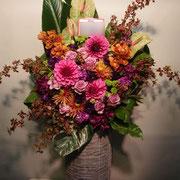 フラワーアレンジメント 30,000円 通常 高さ約100cm以上(花器80cm)