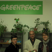 Siège de Greenpeace France avec la chargée de mission OGM