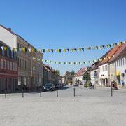 Blick über den Markt in die Torgauer Straße