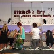 Junggesellinnenabschied, aussuchen der Perlen Perlen im Perlenladen ELA EIS Düsseldorf