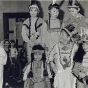 Fasching 1987 (IndianerConnection mit Perle, Sandra, Toni, und unten die Schwester von Steffi, Reyk und Marco Teetz)