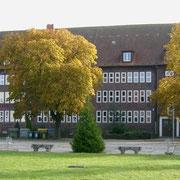 Meine alte Schule das Goethe-Gymnasium '08 (Quelle: Wikimedia Commons)