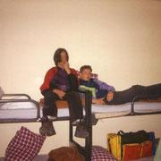 Klassenfahrt Lübeck Heinrich-Helbing Schule '93 Carsten, Taygun und Predrag