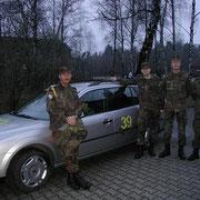 Schön noch den Ford zum Geburtstag von HFw Fischer geschmückt.. - 1./PzGrenBtl 72
