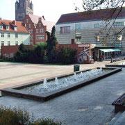 Stralsund Rathausplatz '06 (Quelle: Wikimedia Commons)