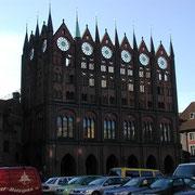 Das Stralsunder Rathaus (Quelle: eigenes Werk)