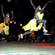 """Beim alljährlichen """"Festivalo"""" der afrikanischen Kultur zeigen einheimische und internationale Tänzer und Musiker ihr Können"""