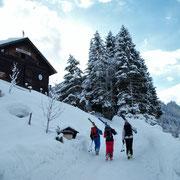 Nach dem Aufstieg aufs Brechhorn und über 1000hm Puivaabfahrt über die Durachalm nach Aschau hinunter geht´s zur Stärkung in die Oberlandhütte.