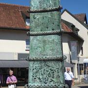 Die Bronzestele von Klaus Ringwald