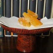 滋賀の源氏物語の語り部 むらさきのかたり様が、源氏物語の催しで饗された八朔の皮の甘煮