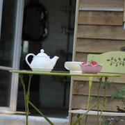 Une petite infusion en terrasse ? @les_jardins_de_koantiz