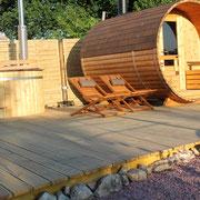 espace bien-être extérieur , sauna et bain suédois@les_jardins_de_koantiz