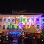 Der wunderschöne Weihnachtsmarkt mitten in Györ