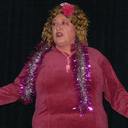 Cindy berichtet von Ihrem neuem Häkelunterkleid und was man bei einem Toilettenbesuch für Probleme hat