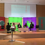 Schalom Aleikum Würzburg: Jüdische Gemeinde Würzburg: Pfarrerin Frau Wagner, Präsident ZRDJ Herr Dr. Schuster, Moderatorin Ilanit Spinner (BR), Michèl Schnabel