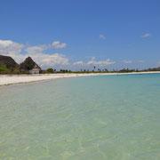 Der weiße Strand von Kuta
