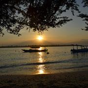 Sonnenaufgang auf Gili Trawangan, mit dem Rinjani im Hintergrund