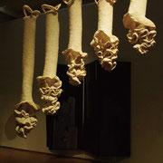 ●タイトル:「landscape 〜景〜/2009-Ⅰ」 ●サイズ:850×1.200×120mm(5piece) ●コメント:編み目から放たれる光=木漏れ日 植物たちの力強さと柔らかさを表現