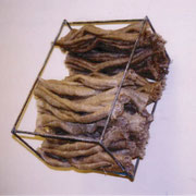 ■スバコ[birdhouse]2003麻糸、鉄/Dyeing weaving Welding [hemp yarn,Iron /Dyeing weaving Welding]