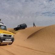 Dünenspaß gibt es auch mit dem Auto