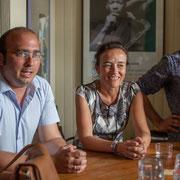 Christophe Miqueu, candidat aux élections législatives, soutenus par Mathilde Feld, Présidente de la CDC du Créonnais et Lionel Chollon, Maire de Loupiac. 17 mai 2017, Saint-Macaire