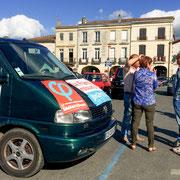 Permanence mobile / Réunion de place...devant la Mairie de Créon, 5 juin 2017