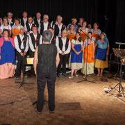 Dominique Pérez, récitant, Les Choraleurs et le Quatuor Jazzy, Carmen in Swing, Fargues-Saint-Hilaire