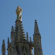 Tour Pey Berland, (1440-1500) du nom de l'archevêque Pey Berland, clocher séparé de la Cathédrale Saint-André, Place Pey-Berland, Bordeaux.  Reproduction interdite - Tous droits réservés © Christian Coulais