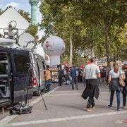 """""""T.V., radios, webzines, ils sont venus, ils sont tous là !"""" Marche contre le coup d'état social des ordonnances Macron. Esplanade du port de l'arsenal, Paris. 23/09/2017 #jaibastille"""
