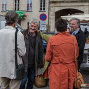 Les militants de la France insoumise présents sur le marché de La Réole. 21 mai 2017