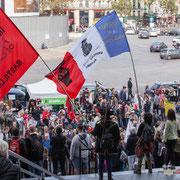 Répétition du Chœur des insoumis. Marche contre le coup d'état social des ordonnances Macron. Place de la Bastille, Paris. 23/09/2017 #jaibastille